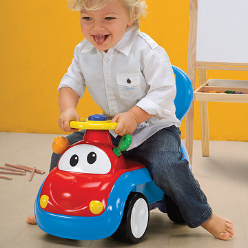 Các loại xe cho bé 1 tuổi 5