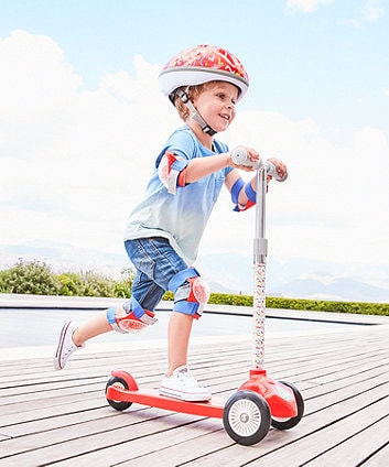 Trẻ em có thích hợp để chơi với xe trượt scooter không 3