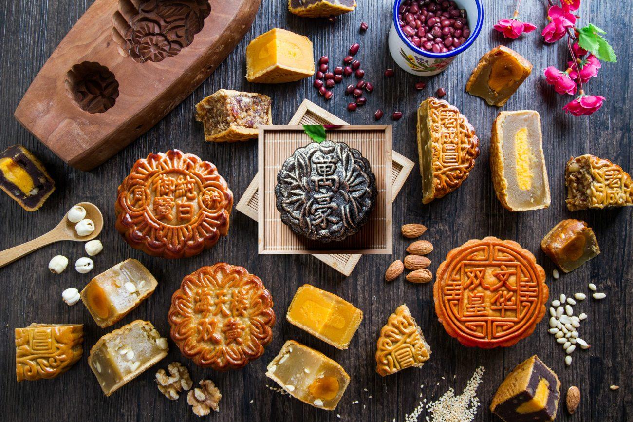 Bánh nướng bánh dẻo mùa trung thu