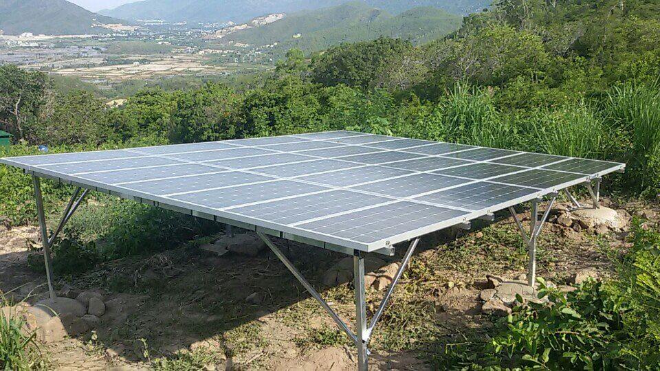 hệ thống pin năng lượng độc lâp ở vùng núi