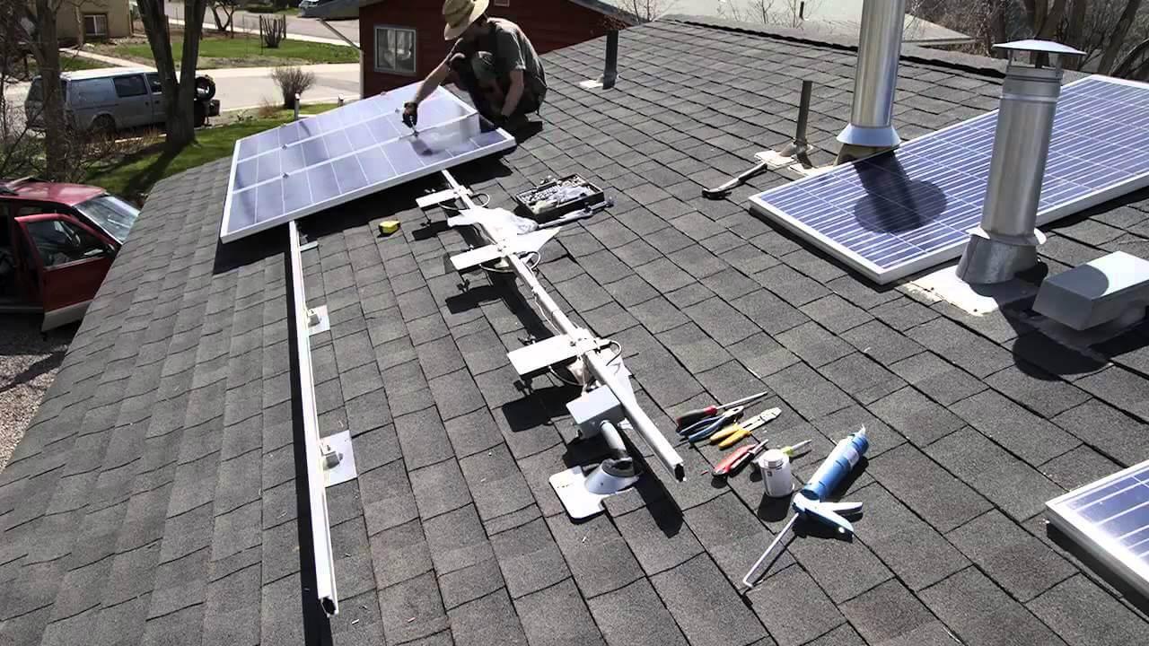 Lắp đặt hệ thống pin năng lượng mặt trời