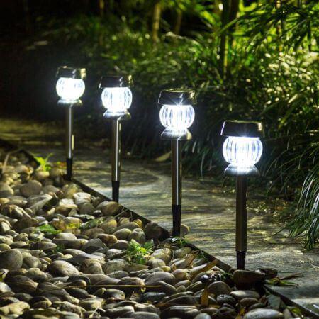 Tại sao chọn đèn led sân vườn ngoài trời?