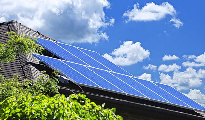 Tấm pin năng lượng mặt trời có gì đặt biệt