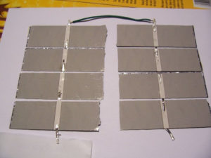 Nối 2 mảng của tấm pin năng lượng