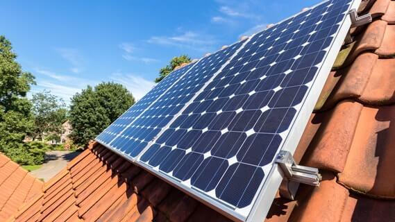 năng lượng mặt trời loại nào tốt