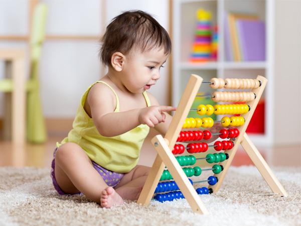 Đồ chơi cho trẻ từ 3-6 tháng tuổi